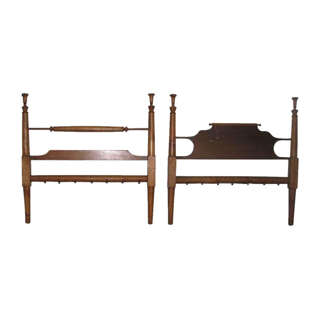 Colonial Style Wooden Full Size Bed Frame For Sale