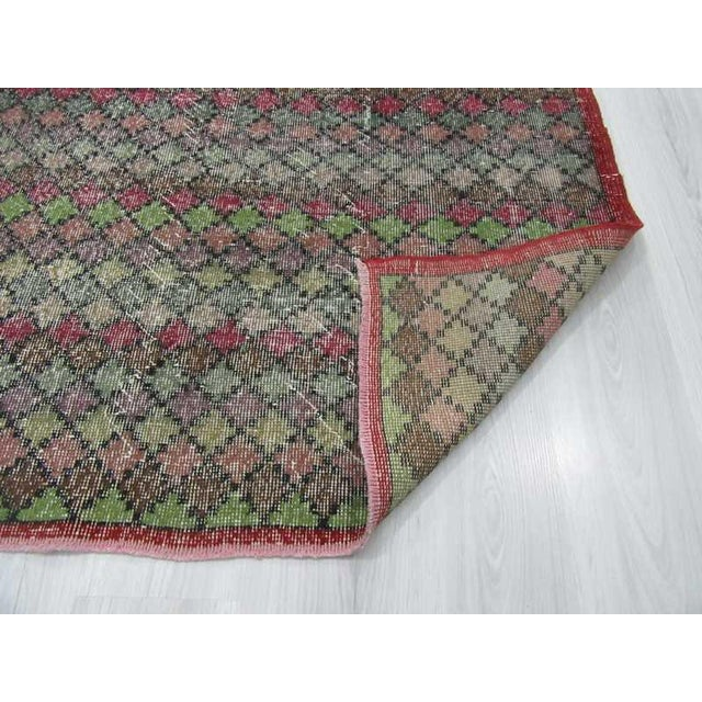 Vintage Turkish Art Deco Hand-Knotted Rug - 4′2″ × 7′4″ For Sale In Los Angeles - Image 6 of 6