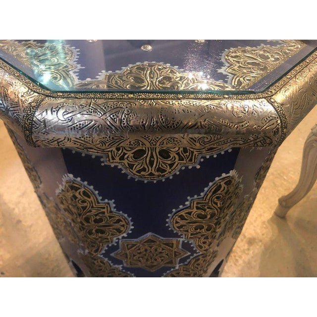 Blue Moroccan Silver Metal Brass Inlaid Side Tables - a Pair For Sale - Image 8 of 13