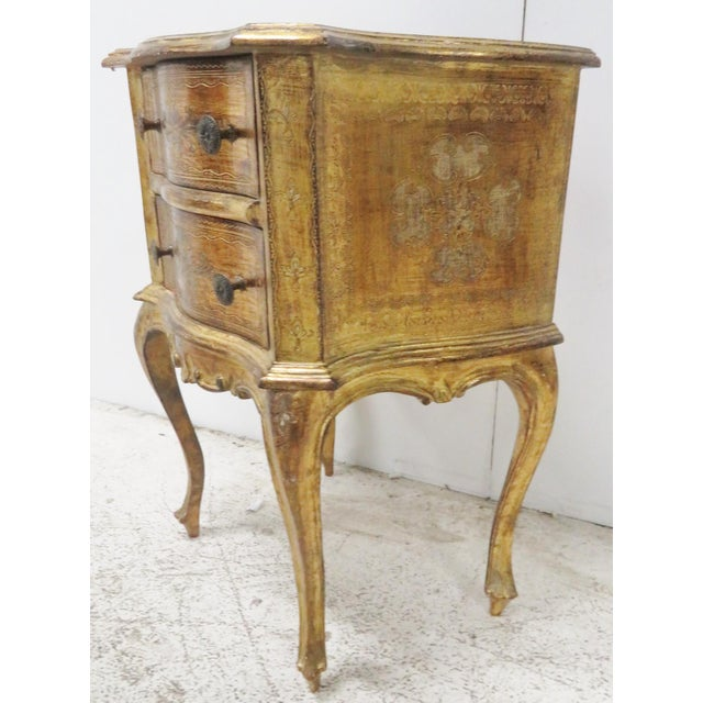 Italian Italian Florentine Gold Gilt Nightstand For Sale - Image 3 of 7