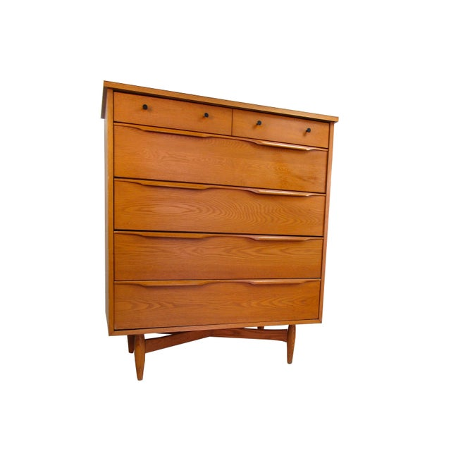 Mid Century Modern Heywood Wakefield 6 Drawer Highboy Dresser in Oak For Sale - Image 9 of 9