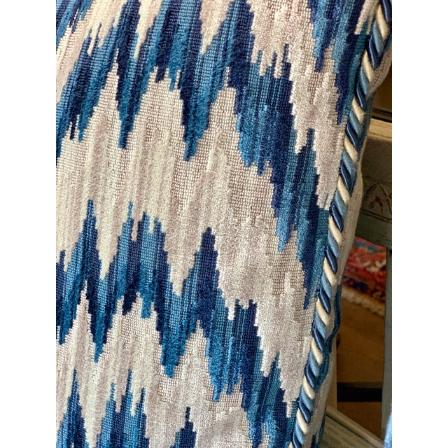 Contemporary Contemporary Clarence House Cut Velvet Chevron Pattern Pillows - a Pair For Sale - Image 3 of 5