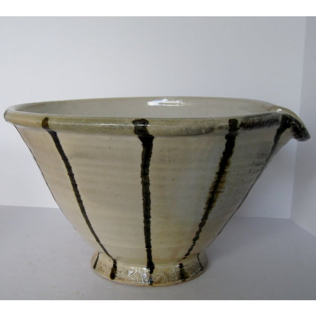 Artisan Pottery Mixing Bowl - Image 5 of 6