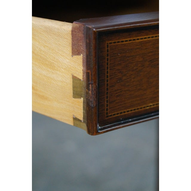 Brown Kindel Winterthur Collection Mahogany Inlaid Hepplewhite Style Occasional Table (A) For Sale - Image 8 of 11