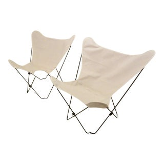 Modern Algoma Butterfly White Canvas Chairs- a Pair For Sale
