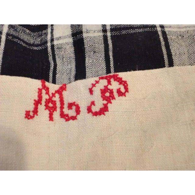 Adirondack Pair of 19thc Blue & White Homespun Woven Linen Pillows For Sale - Image 3 of 5