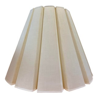 Mid Century Vintage Crisply Pleated Linen Off White Lamp Shade in Mint Condition For Sale