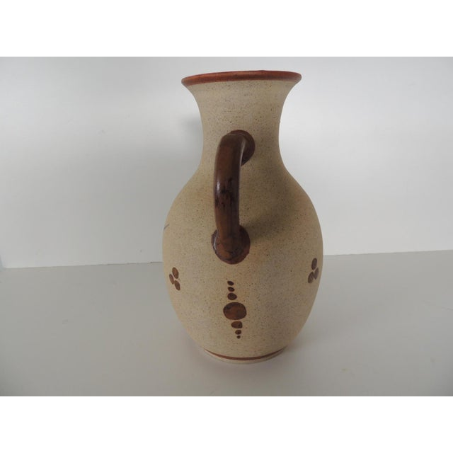 1980s Large Mexican Tonala Water Jug. For Sale - Image 5 of 6