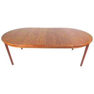 Mid-Century Modern Teak Dining Table With Two Leaves For Sale