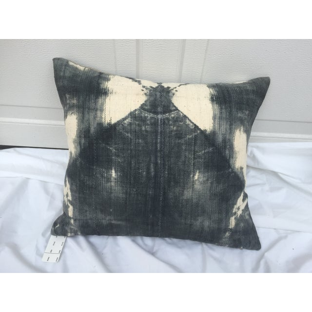 African Grey Tie-Dye Mud Cloth Pillow For Sale - Image 5 of 5