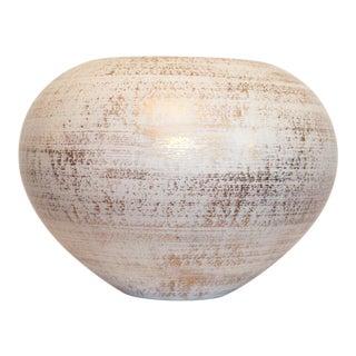 Oversized Royal Haeger Vase | White and Gold Brushed Glaze For Sale