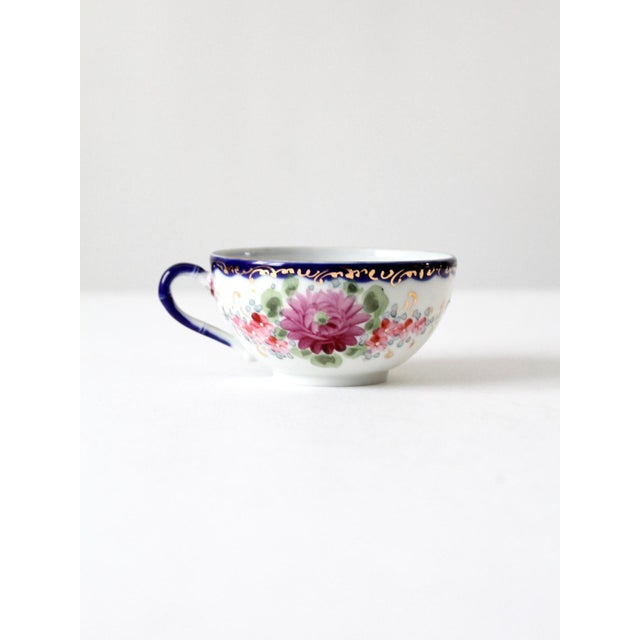 Late 19th Century Antique Tea Cup With Gilt For Sale - Image 5 of 10