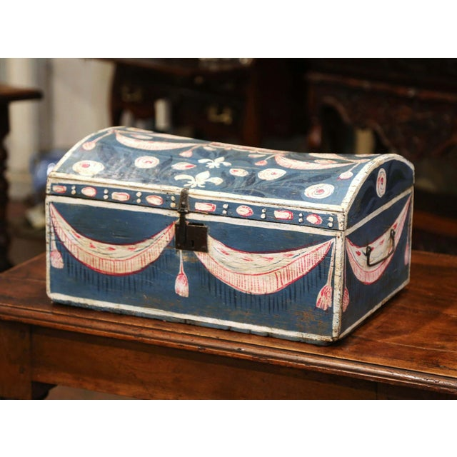 18th Century French Normandy Painted Wedding Trunk With Bird and Swag Motifs For Sale - Image 4 of 10
