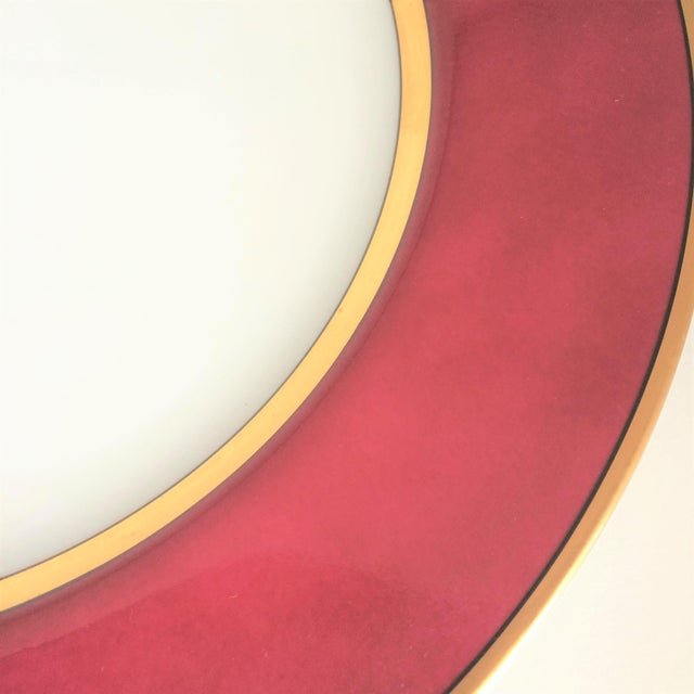 """Contemporary Fitz & Floyd """"Renaissance"""" Magenta Dinner Plates - Set of 4 For Sale - Image 3 of 6"""