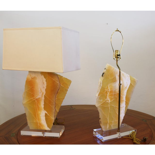Modern Beautiful Pair of Modern Yellow Marble Table Lamps For Sale - Image 3 of 8
