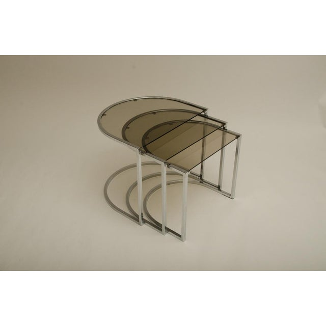 Mid-Century Modern Set of Three Mid-Century Glass and Chrome Nesting Tables by Milo Baughman For Sale - Image 3 of 7