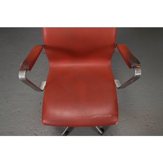 High Back Leather Oxford Desk Chair by Arne Jacobsen For Sale In Boston - Image 6 of 10