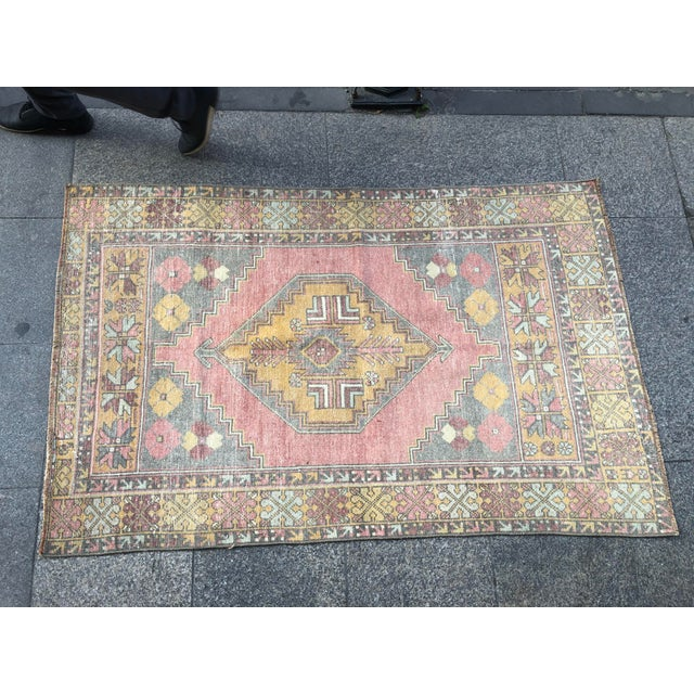 Pink 1960s Vintage Nomadic Floral Wool Rug- 3′7″ × 5′7″ For Sale - Image 8 of 11