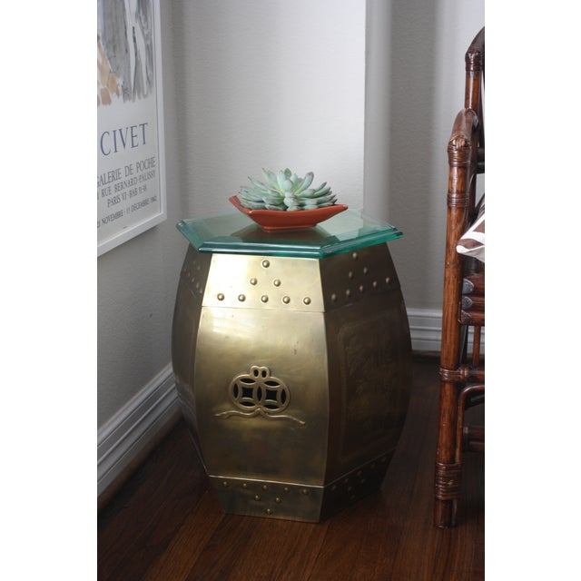 Asian Vintage 70s Chinese Chinoiserie Style Brass Hexagonal Garden Seat / Stool / Side Table W/Glass Top For Sale - Image 3 of 13