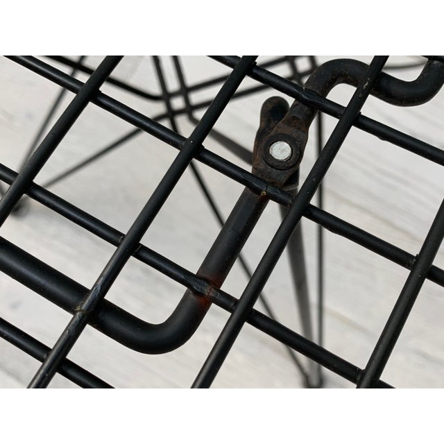 Mid Century Modern Eames Herman Miller Wire Chair For Sale In New York - Image 6 of 11