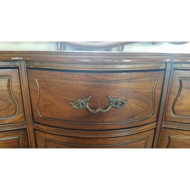 Vintage Broyhill French Provincial Dresser - Image 9 of 11