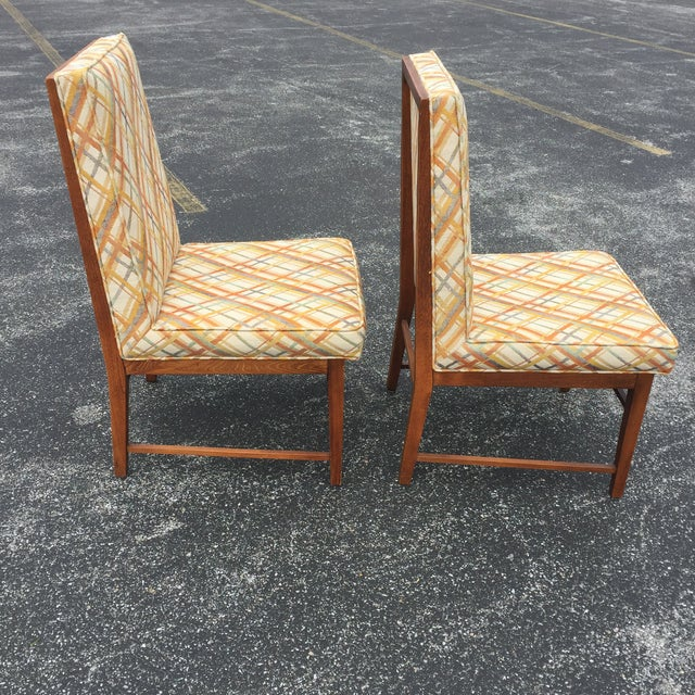 Thomasville Founders Parson Chairs - A Pair - Image 5 of 11