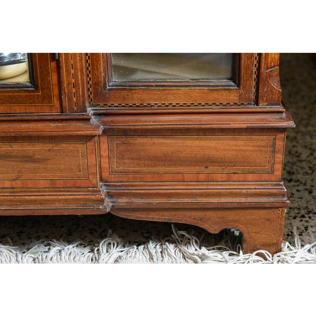 Gold English Vitrine Cabinet For Sale - Image 8 of 10