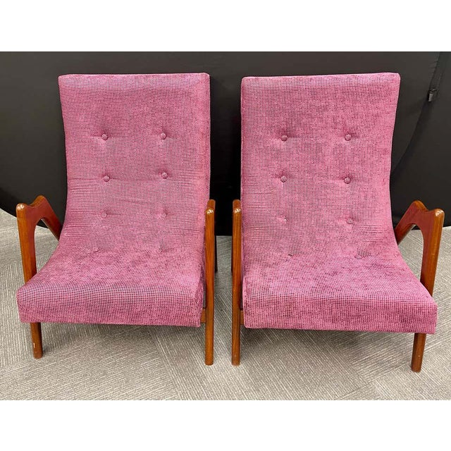 Mid-Century Modern Pair of Newly Upholstered Mid-Century Modern Armchairs For Sale - Image 3 of 13
