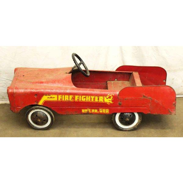 Vintage Child's Red Fire Engine For Sale - Image 4 of 9