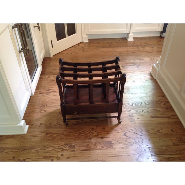 Great accent piece. Good condition. Beautiful wood tones. One foot was repaired see pics.