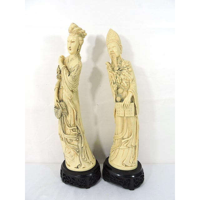 Vintage Ivory Coloured Chinese Nobles, Statues or Figures on Stands - a Pair For Sale - Image 4 of 10