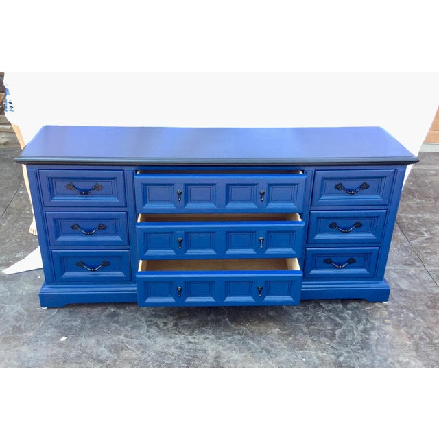 1970s 1970s Vintage Dixie Lacquered Blue and Black Dresser For Sale - Image 5 of 11