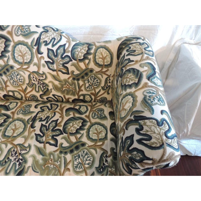 1980s Crewel-Work Green and Yellow Camel Back Upholstered Settee From Century Furniture For Sale - Image 5 of 13
