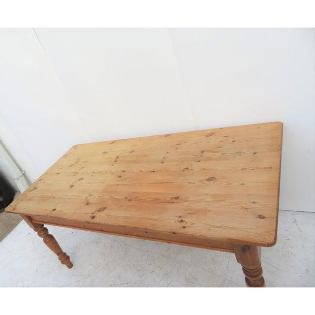 English Scrub Pine Farm Table - Image 3 of 7