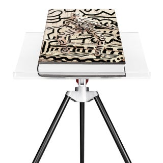 Autographed Annie Leibovitz Portrait Collection Keith Haring 1986 Cover Collector's Edition with Book Stand For Sale