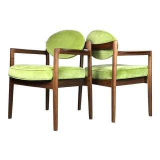Pair of Mid Century Modern Walnut Armchairs Designed by Jens Risom -1960's For Sale