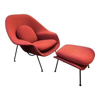 1960s Vintage Eero Saarinen Womb Chair and Ottoman for Knoll For Sale