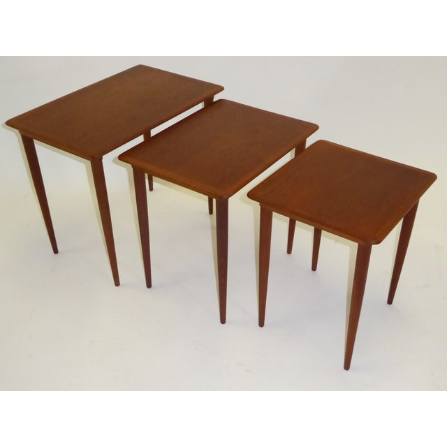 1950s Danish Mid-Century Modern Stacking Nesting Tables in Teak - Set of 3 1950s For Sale - Image 5 of 13