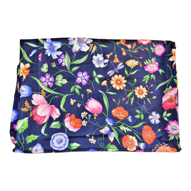 Gucci Gucci Navy Floral Silk Fabric For Sale - Image 4 of 13