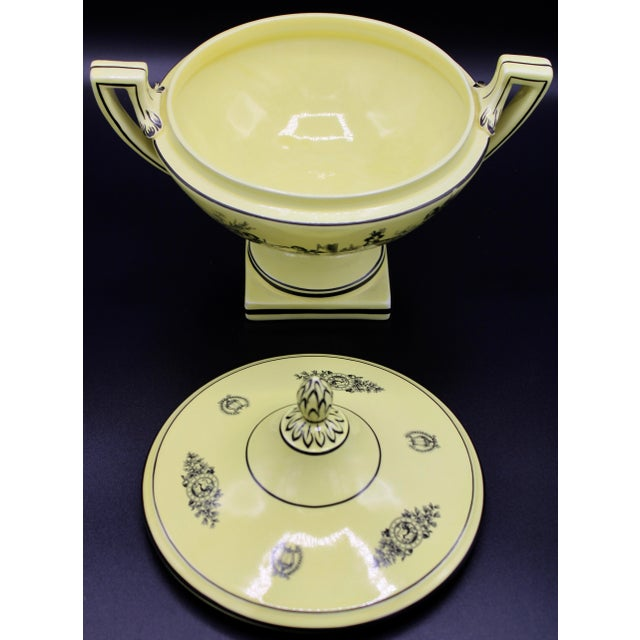 Mid 20th Century Mid 20th Century Italian Mottahedeh Yellow Handled Urn With Artichoke Lid For Sale - Image 5 of 13