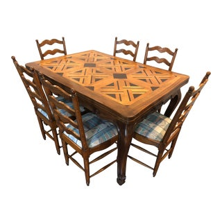 Late 19th Century French Provincial Louis XV Partquetry Top Draw Leaf Oak Dining Set For Sale