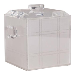 A Lucite Icebucket with Opaque Grid Detail Liner 1970s For Sale