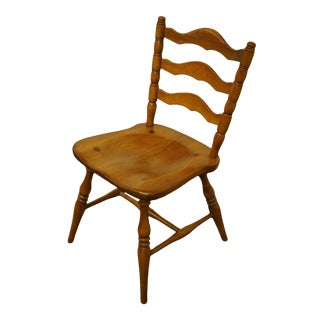 Late 20th Century Cushman Colonial Bennington, Vt Solid Hard Rock Maple Ladderback Dining Side Chair For Sale
