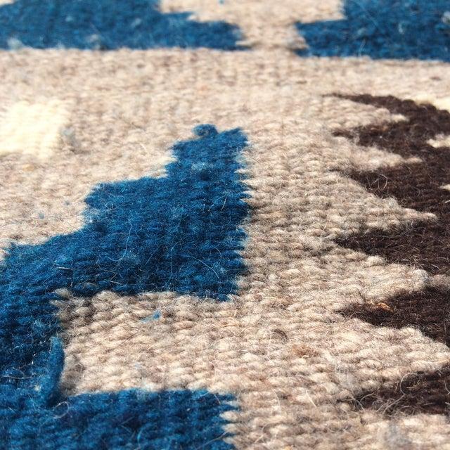 """Vintage Navajo Style Blanket Rug - 4'9"""" X 9"""" - Image 6 of 10"""