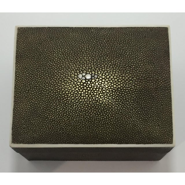 1990s Art Deco R & Y Augousti Shagreen Box For Sale - Image 11 of 11