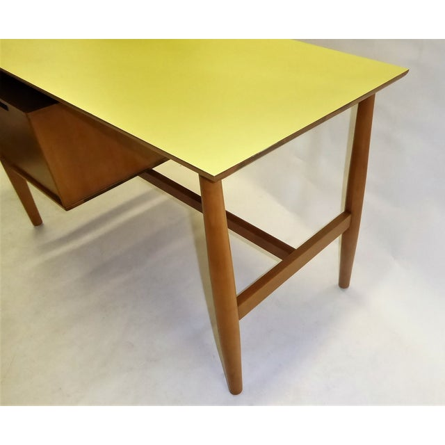 1950s Mid-Century Modern Blond Elm Writing Desk by Milo Baughman for Drexel For Sale - Image 9 of 13