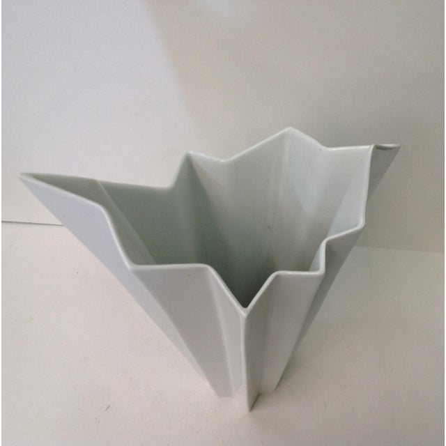 Modern Hutschenreuther White Op Art Vase For Sale - Image 3 of 7