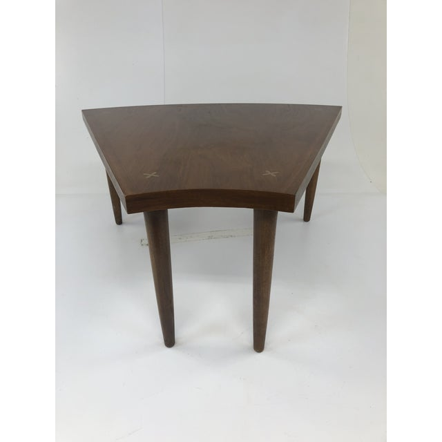 Mid Century Modern Wedge Table - Merton Gershun for American of Martinsville For Sale - Image 6 of 13