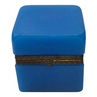 1940s French Blue Opaline Trinket Box For Sale