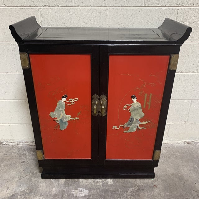 Vintage Red Black Lacquer Asian Bar For Sale - Image 13 of 13